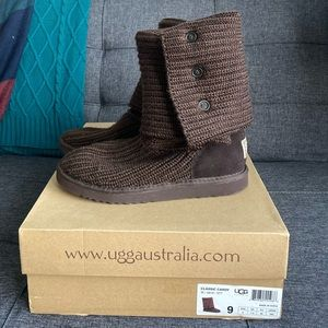 Classic Cardy Uggs